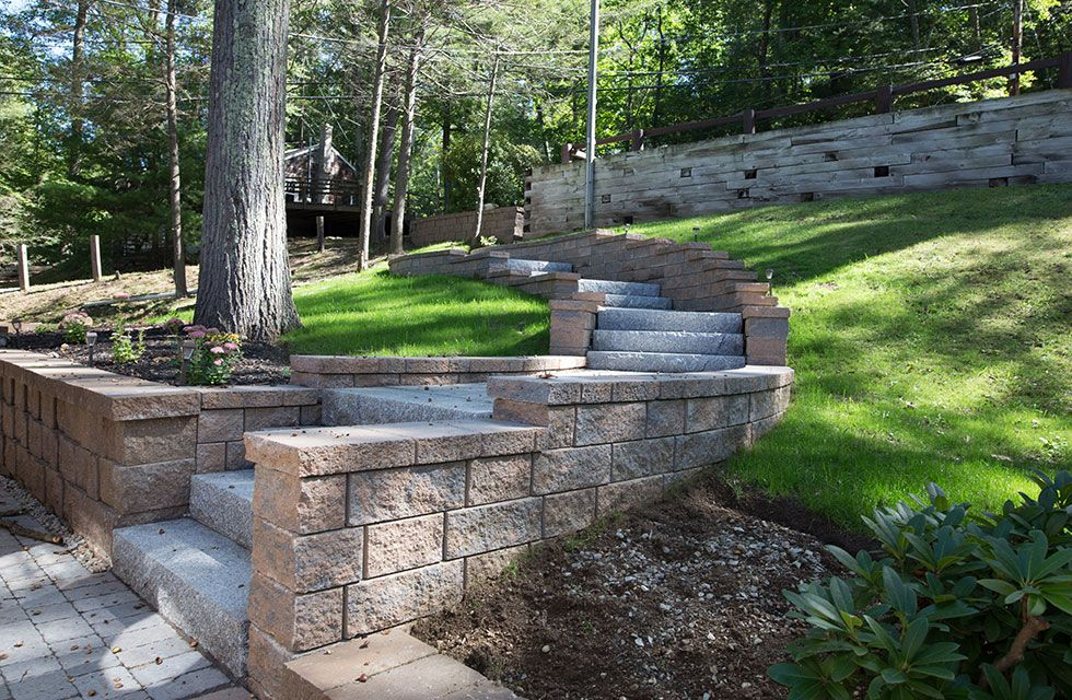 Outdoor Step and Retaining Wall